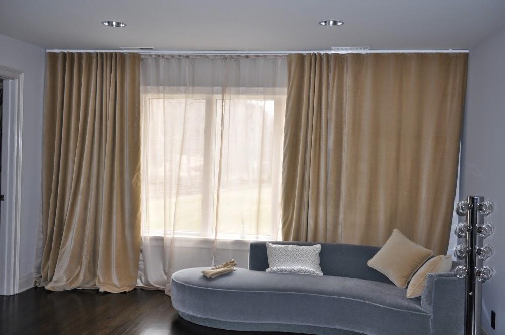 Chọn rèm vải cách nhiệt cho phòng khách nhà bạn