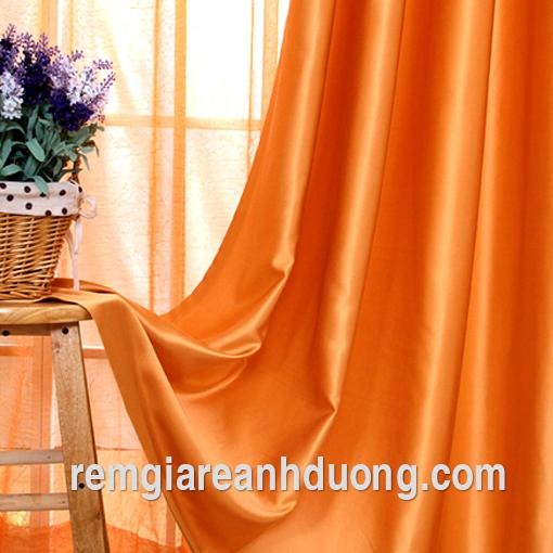 Rèm vải thô cho ô cửa sổ ở Hà Nội